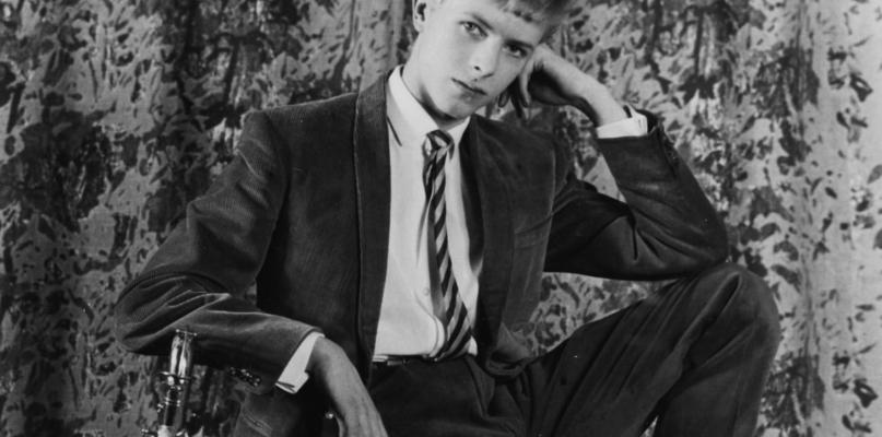 Cómo la primera canción de David Bowie fue encontrada en un depósito lleno de polvo