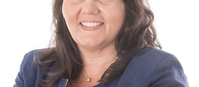 ALEJANDRA OBEID, pre candidata a diputada provincial Frente Juntos Lista Honestidad y Compromiso