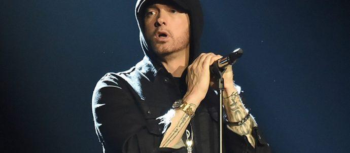 Eminem saca un disco y lo cita a Spinetta